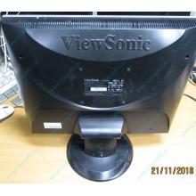 """Монитор 19"""" ViewSonic VA903 с дефектом изображения (битые пиксели по углам)."""