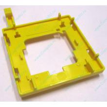 Жёлтый держатель-фиксатор HP 279681-001 для крепления CPU socket 604 к радиатору